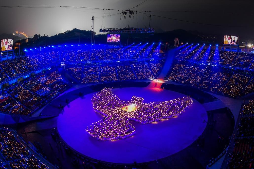 afp.18.02.09. - Téli olimpia 2018 - Megnyitó galamb imagine