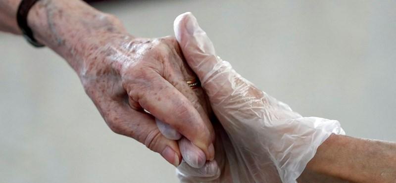 Oda kerülhetnek az idősek, ahonnan a fogyatékkal élőket kiköltöztetik