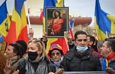 Románia karanténnal várja a hazatérő vendégmunkásait és turistáit