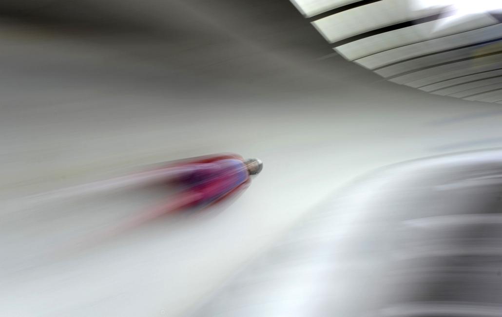 13.01.06. - Schoenau, Németország: Szánkó Világkupa - férfi egyesben a norvég Thor Haug Norbech - évképei, az év sportképei