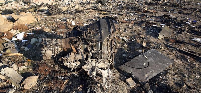Az iráni légtérért felelős parancsnok teljes felelősséget vállalt az ukrán repülő lelövéséért