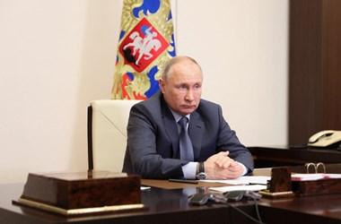 Putyin: Nem garantálható, hogy Navalnij élve kikerül a börtönből