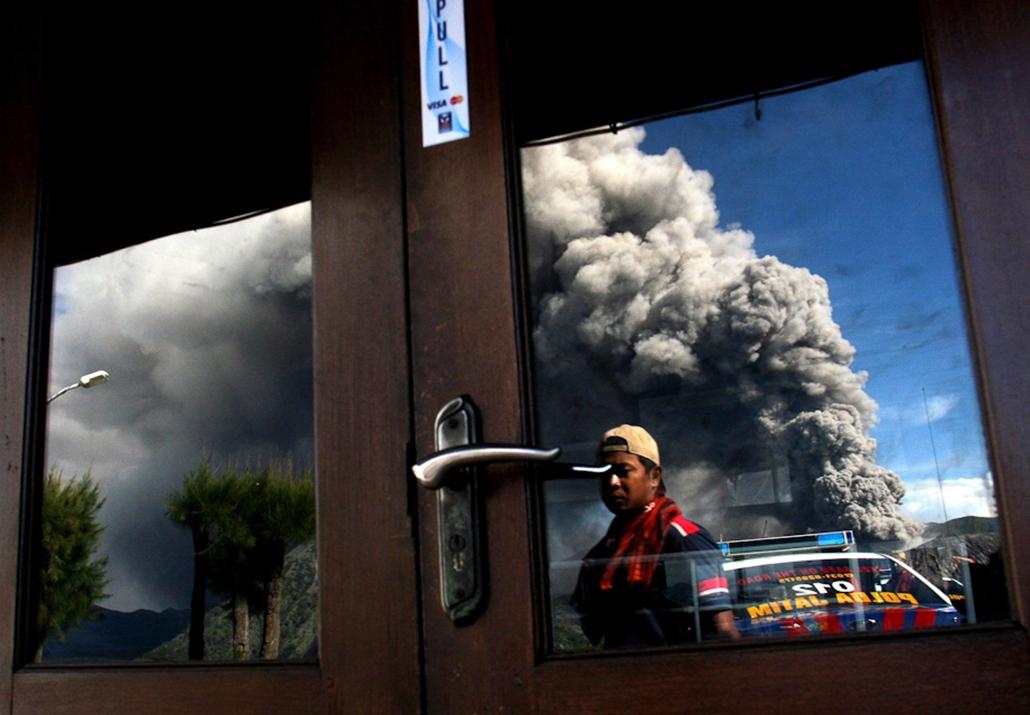tűzhányó hét képei nagyítás