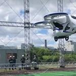 """Elektromos """"repülő autót"""" mutattak be Japánban – videó"""