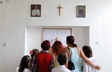Le akarták váltani a tanárok az igazgatót, erre kivonult az egyház egy tolnai iskolából
