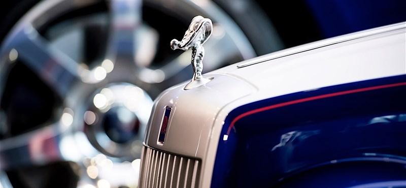 400 óra alatt épített egy autót a Rolls-Royce csapata, hogy boldoggá tegyék a beteg gyerekeket