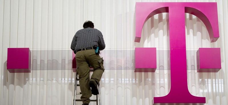 Ismét működik a Telekom ügyfélszolgálata, de azért éjfélig még ingyen van a mobilnetezés