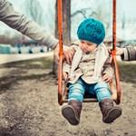 A gyerek mindkét szülőjét szereti, akkor is, ha elváltak
