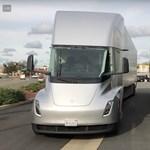 Bejött az elektromos kamion a Teslának, a FedEx is tőlük rendel