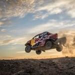 Ilyen Toyota Hiluxok fognak repkedni a következő Dakar ralin