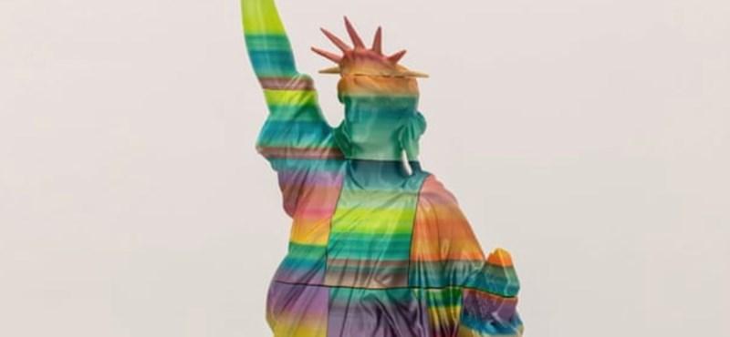 """""""Örülnék neki, ha ledöntenék"""" – állítja a ferencvárosi BLM-szobor alkotója"""