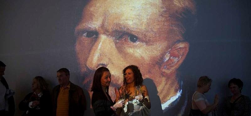 Egy gondnok miatt fakult meg Van Gogh Napraforgók című festménye