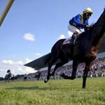 Jó nagy bukta a lóversenyzés az államnak, de majd jövőre más lesz