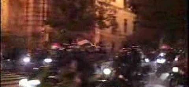 Félszáz verekedésre készülődő motorost vettek őrizetbe Hollandiában