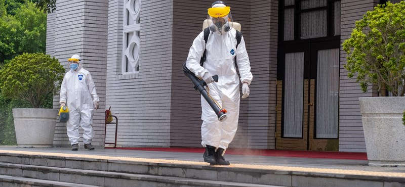 Csehországban egy nap alatt 15 ezer új fertőzöttet találtak