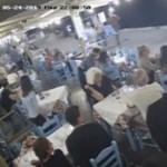 Így menti meg egy görög éttermes a fuldokló vendége életét (videó)