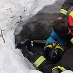 Még 23-an lehetnek a hó és törmelék alatt Olaszországban