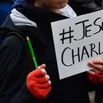 A kedveshírtv-től a jesuischarlie-ig – Egy szó, ami összeköt