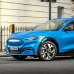 A világjárvány miatt csak jövőre jöhet Európába az elektromos Mustang szabadidő-autó