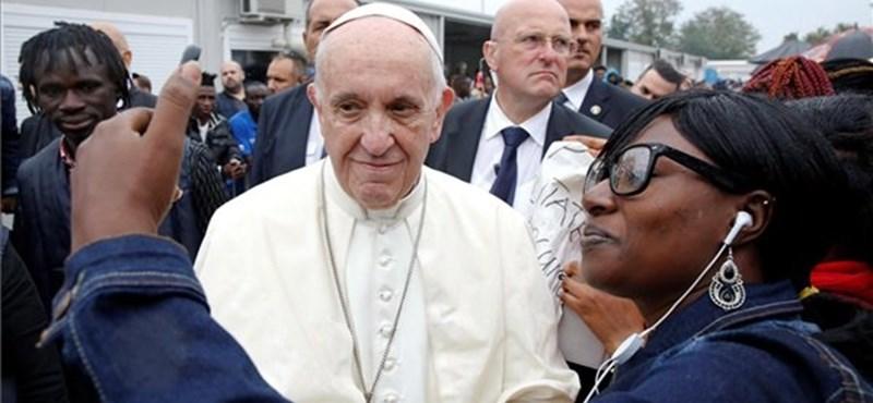 Ferenc pápáról forgatott filmet Wim Wenders
