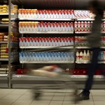 Rosszabb ételeket kap Közép-Európa? Brüsszelig juthat a botrány