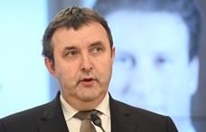 Palkovics kész magasabb bérleti díjat is fizetni a budavári önkormányzati lakásért
