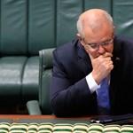 Csupa jóindulatból két bal lábat photoshoppoltak az ausztrál miniszterelnöknek - fotó