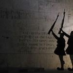 """""""Az alacsony kamat rosszabb a görög államadósság leírásánál"""""""