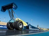 Itt egy elektromos jármű, ami 0,8 másodperc alatt van kétszázon