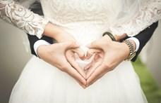 A fotóscég ajánlata a gyászoló vőlegénynek: a következő esküvőjén felhasználhatja az előleget
