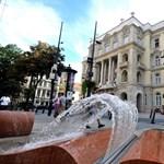 Megvágott ösztöndíjak: hónapok óta a pénzükre várnak az egyetemek