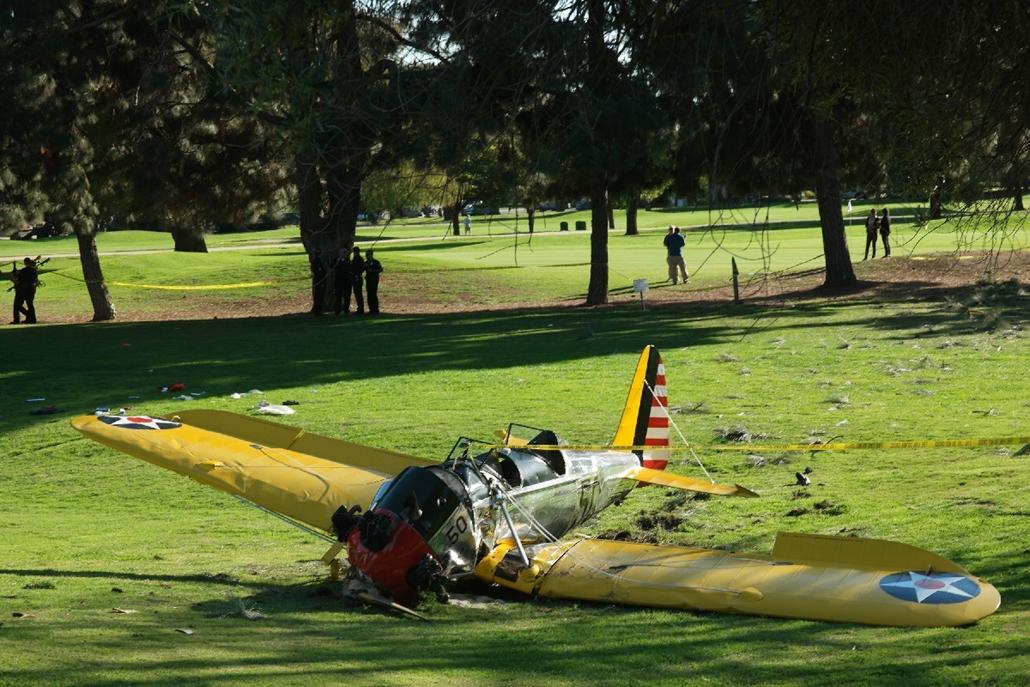 afp.15.03.05. - Venice, USA: Harrison Ford gépe - repülőgép-baleset, repülőgép - 7képei