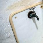 Ólombomba ketyeg a régi ivóvízrendszerekben