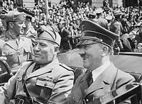 Csak húszan éltették Hitlert a születésnapján