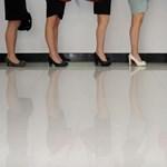 Egyre kevesebb pénzt kapnak a magyar nők ugyanazért a munkáért