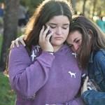 17 emberrel végzett a floridai iskolai lövöldöző