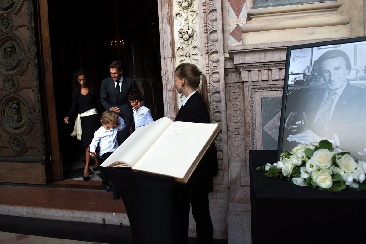 Fotók: elbúcsúztatták Zwack Pétert