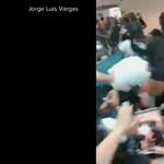 Egymásnak estek az utasok a San Juan reptéren
