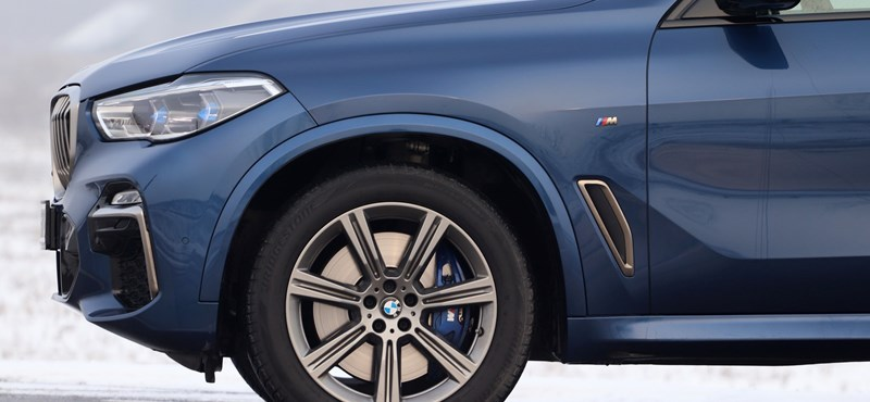A nap videója: a győri BMW-s, aki nem tesz a sztereotípiák ellen