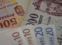 Zuhant egy nagyot a forint, miután Matolcsyék kiadták a kamatdöntés indoklását