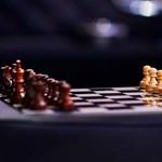 Stílus kimaxolva: sakktábla és kockás szövet az új Bentleyben
