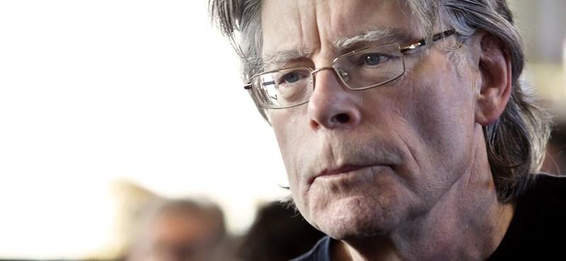 Stephen King elmondta, melyik horrorja vált valóra Trump elnökségével