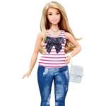 Vége a hamis tökéletesség fetisizmusának: jönnek a duci Barbie-k