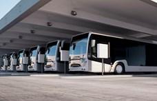 Háromezer, hazai gyártású, elektromos buszt ígér a kormány