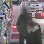 Két pesti táskatolvajt is keresnek a rendőrök: ki ismeri fel őket? – fotók