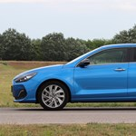 Stílusgyakorlat: teszten a kupésra faragott Hyundai i30 Fastback