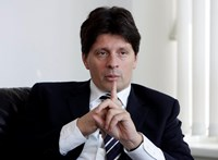 Távozik Farkas Ádám az Európai Bankhatóság éléről