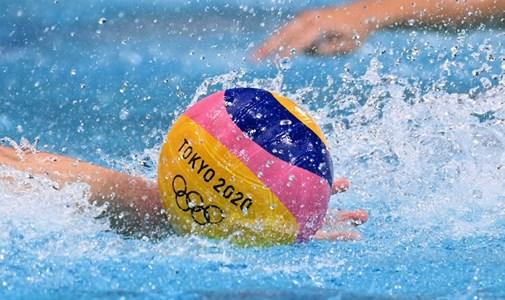 El equipo masculino de waterpolo juega por la medalla de bronce, minuto a minuto desde el último día de los Juegos Olímpicos