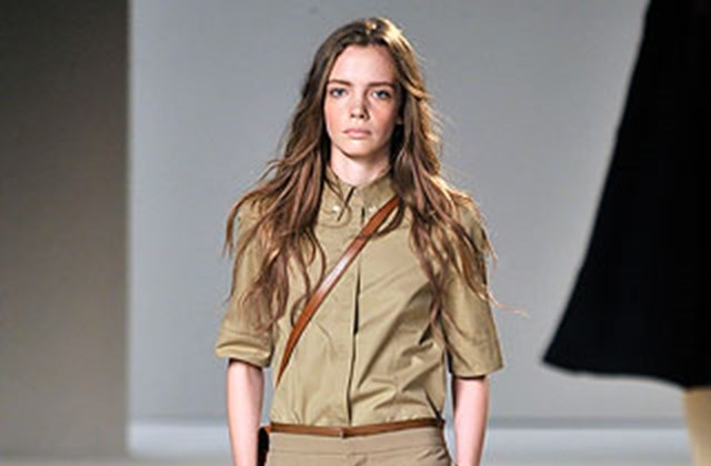 A Chloé divatmárka kollekciójában állítólga 2010-ben Kim Dzong Il volt a múzsa