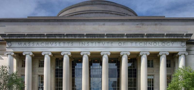 Odasózott Trumpnak a világ legjobb egyetem: hamisan idézett egy kutatást?